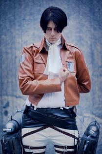 Levi Attack on Titan Cosplay by theonlywu
