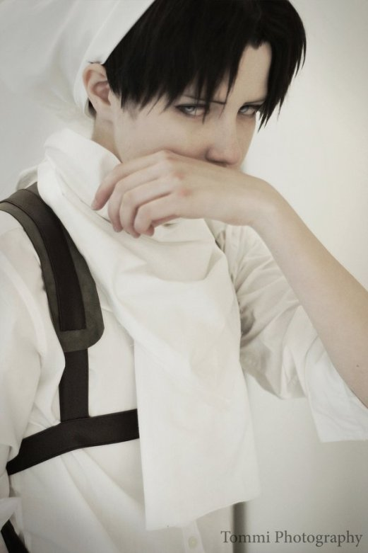 Levi Cosplay 2 by buww
