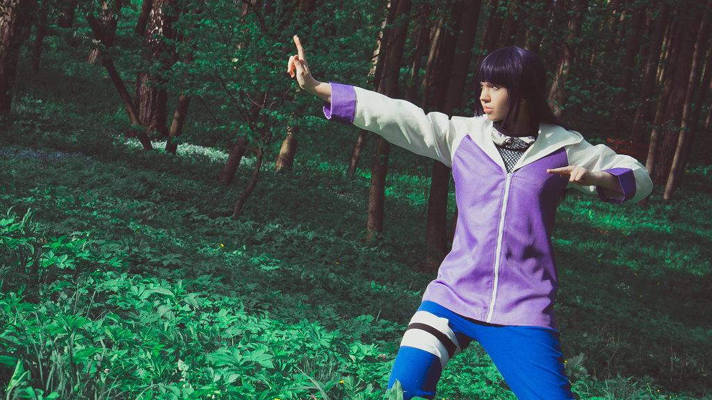 Hinata Fighting by Milena104