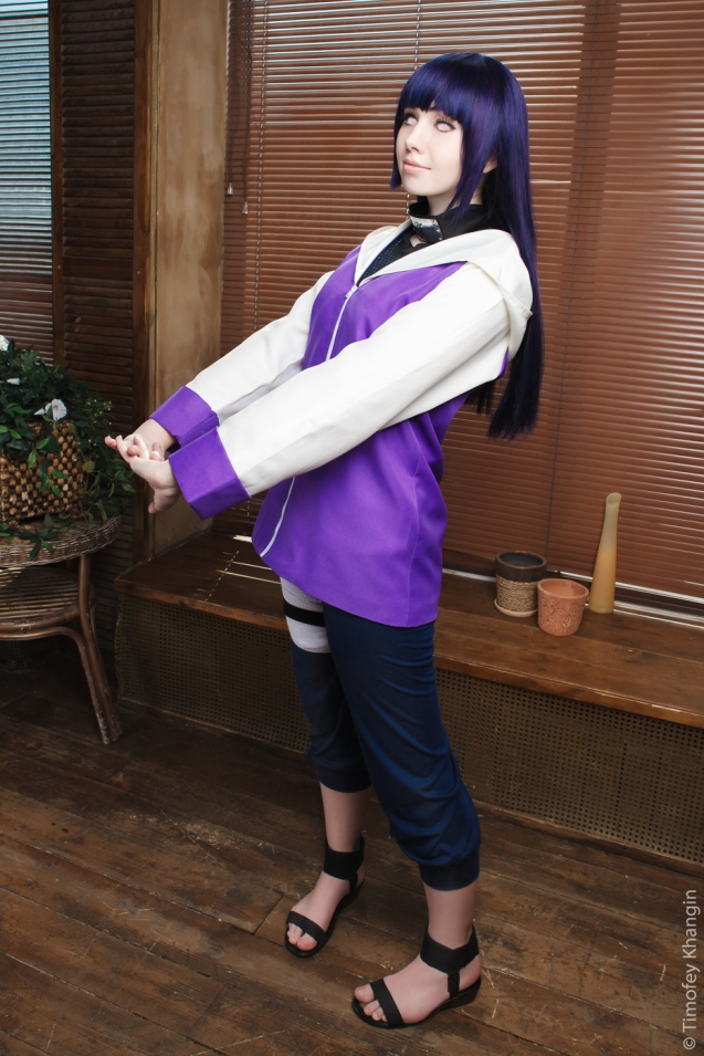 Hinata is shy Cosplay by Milena104