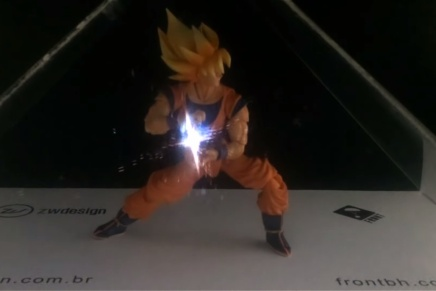 Goku Figure Powers Up using Holographic Effects (Video)