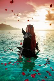 Erza Scarlet Purgatory Armor Cosplay by Arrysia