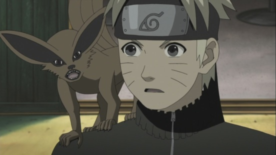 Kurama on Naruto's shoulder