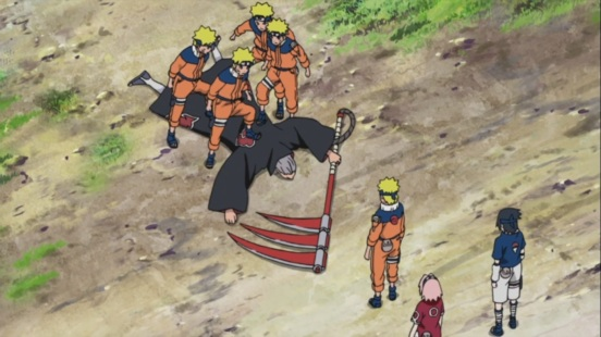 Naruto pins down Hidan