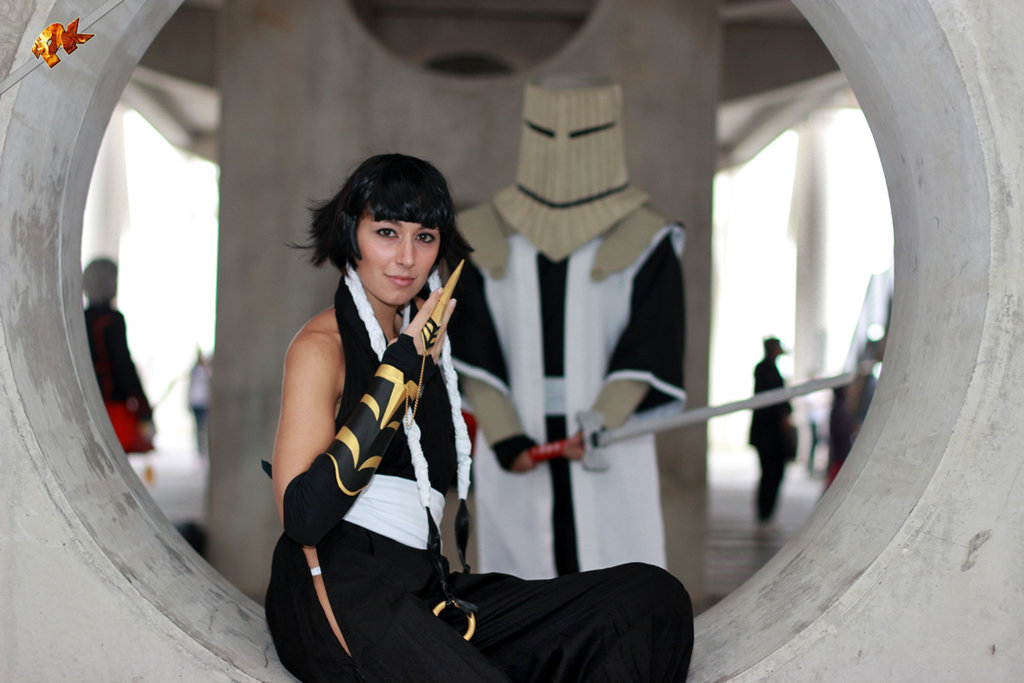 Soi Fon and Komamura by TammYTA