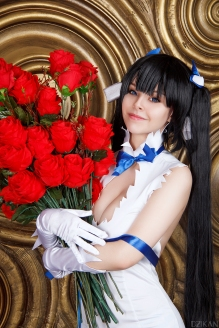 Hestia Flowers Cosplay By Disharmonica