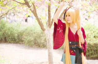 uzumaki-naruto-cosplay-female-version-himeogi