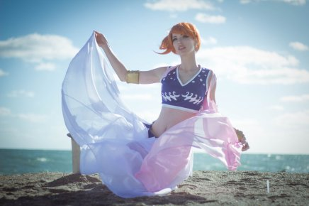 Cosplay: Alabasta Nami (One Piece)