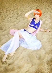 one-piece-nami-alabasta-cosplay-by-megancoffey