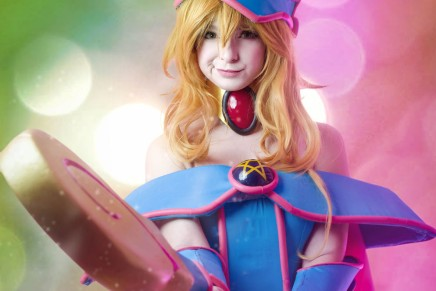 Cosplay: Dark Magician Girl(Yu-Gi-Oh)