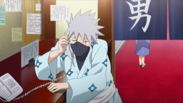 Kakashi talks to Naruto